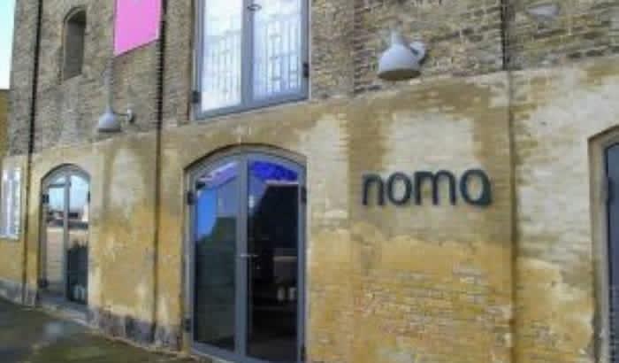 Ресторан Нома с 2010 года три раза возглавлял список пятидесяти лучших ресторанов мира .