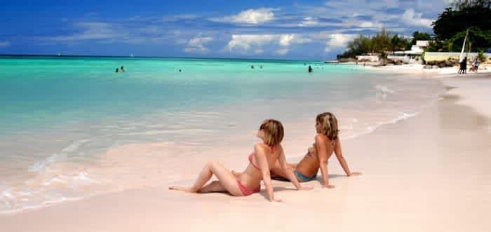 Что может быть лучше золотых песков западных пляжей Барбадоса!